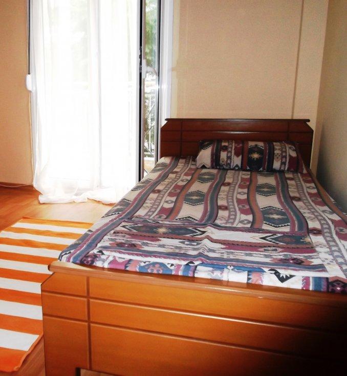 room in thessaloniki