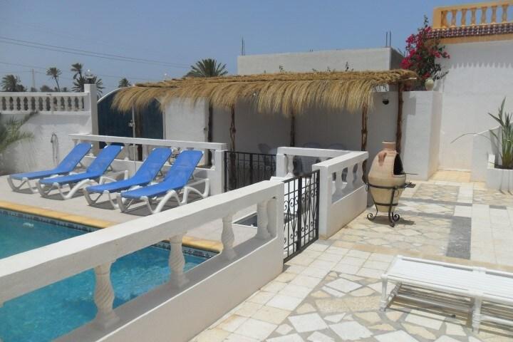 villa avec piscine midoun