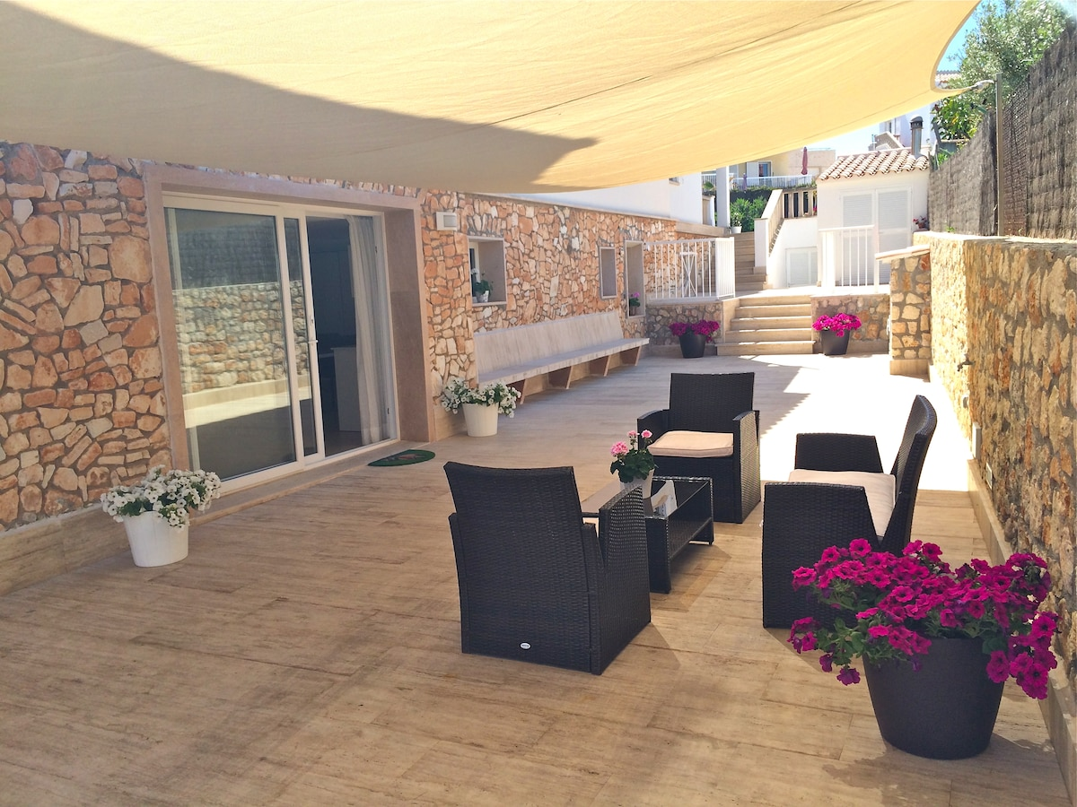 Cozy apartment near the beach