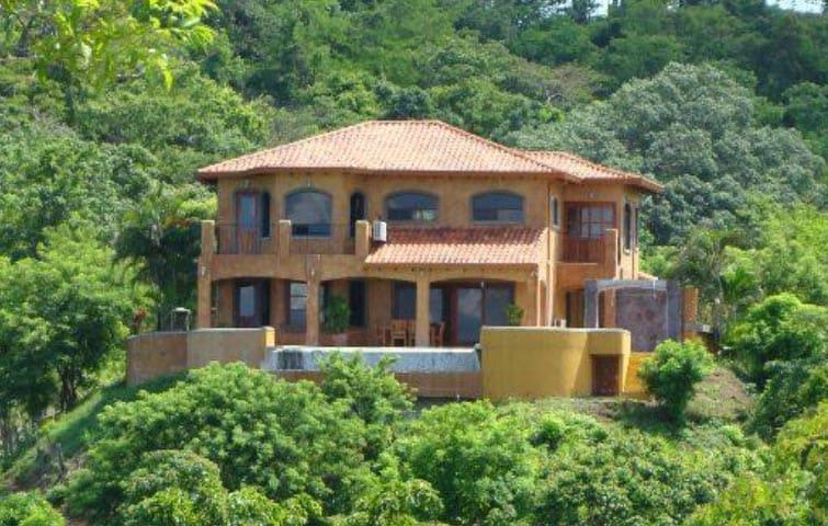 Villa Encantada Potrero, Costa Rica