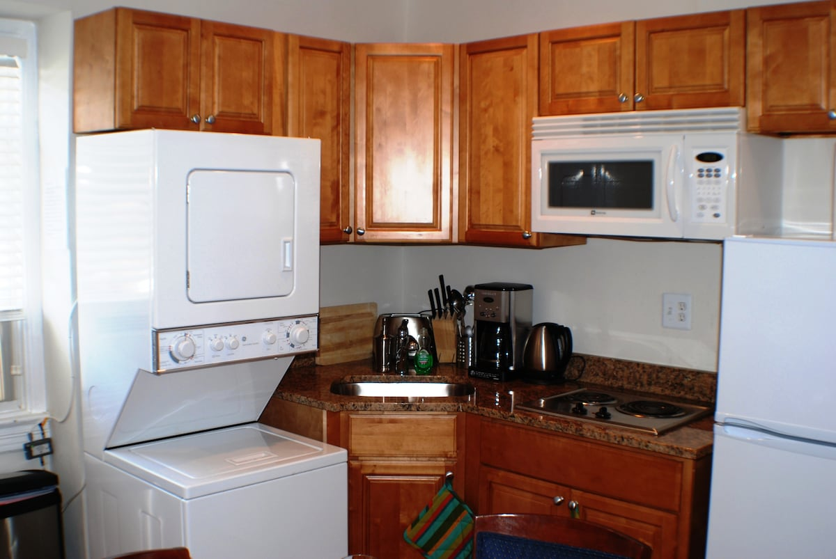 3rd Fl Kitchen w/ washer/dryer, microwave refrig. and oven stove-top