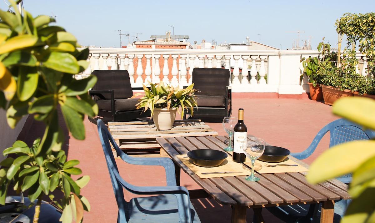 Room at cozy flat & amazing terrace
