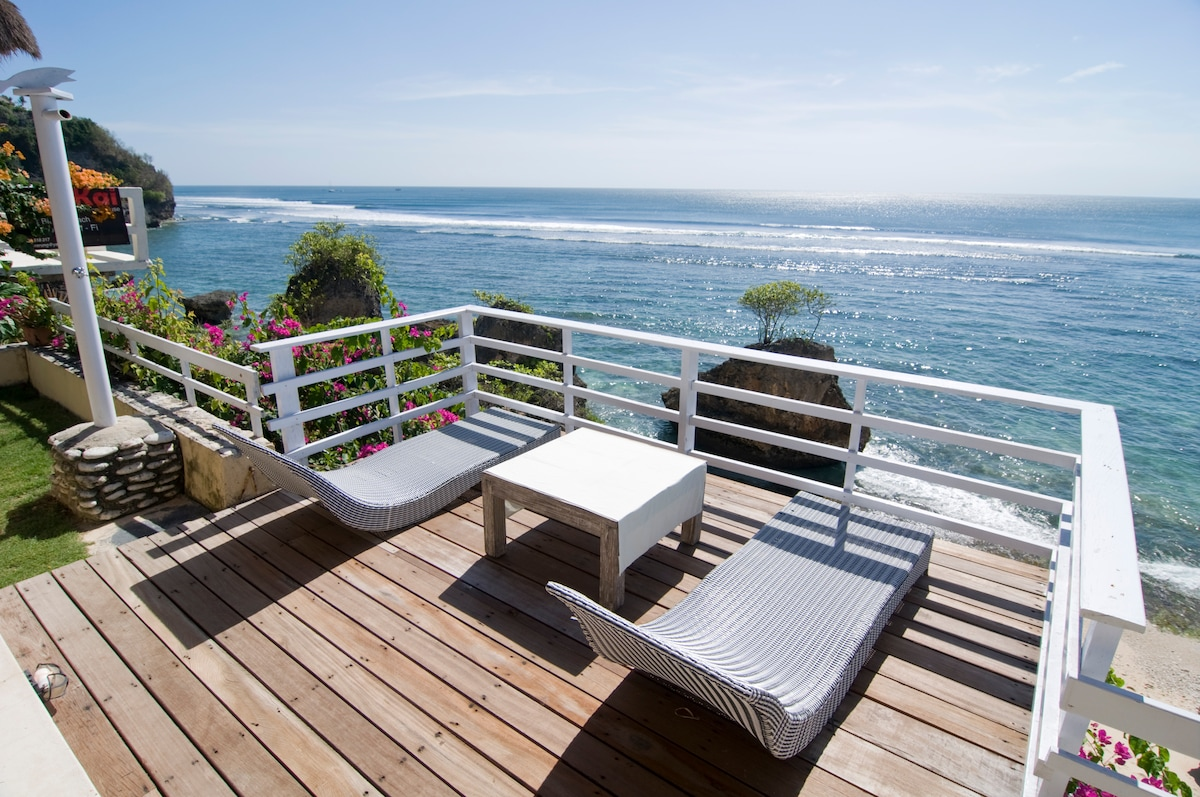Sun deck and out doors shower.....impossibles break . Left view