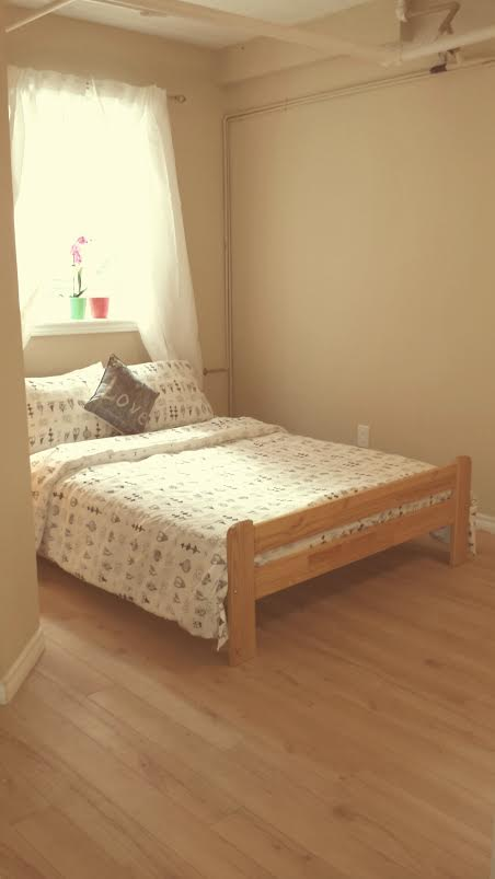 Cozy 1 Bedroom Apartment Downtown!