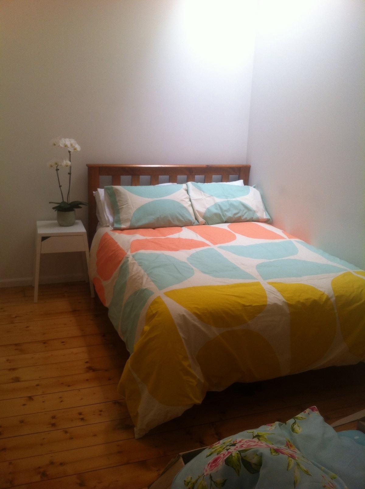 Private room in lovely Seddon