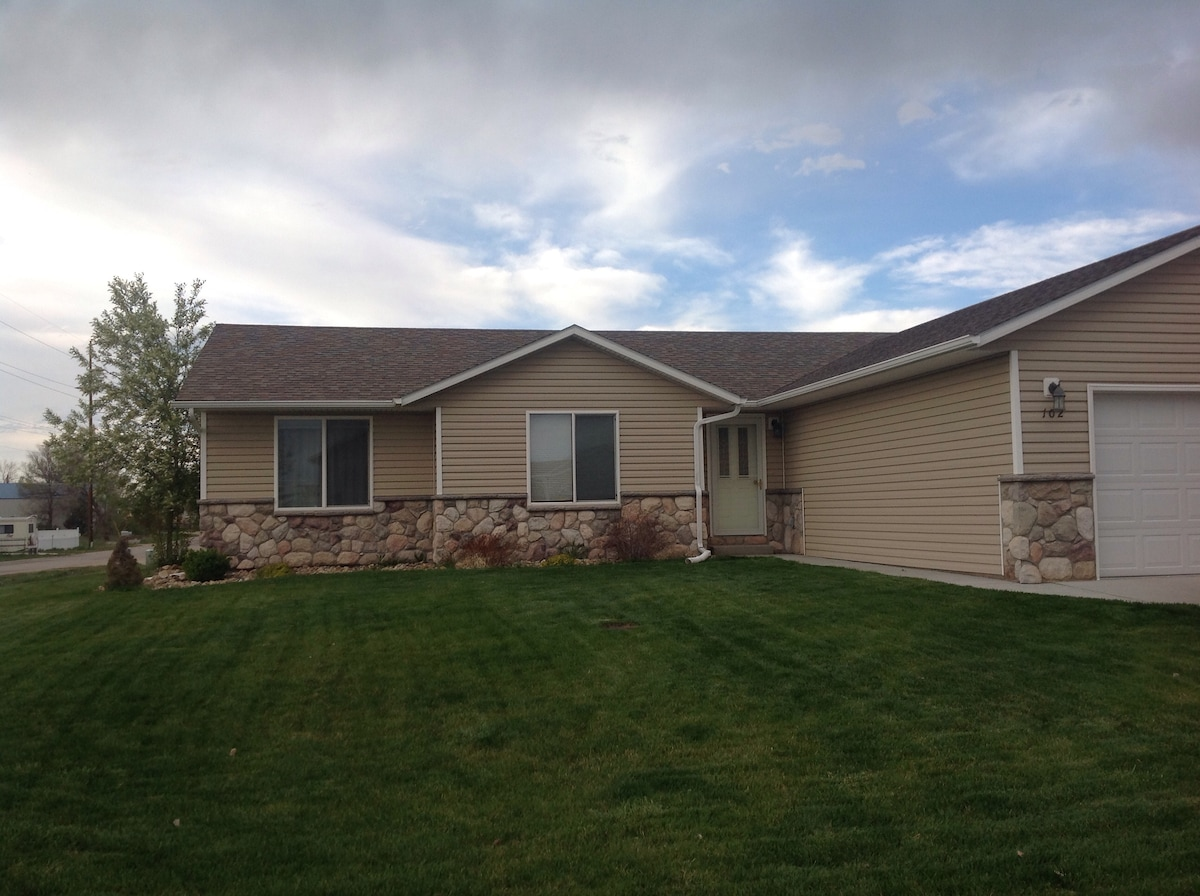 Your home away from home in WY (2)