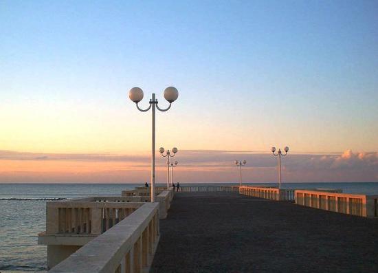 Roma Beach city and History