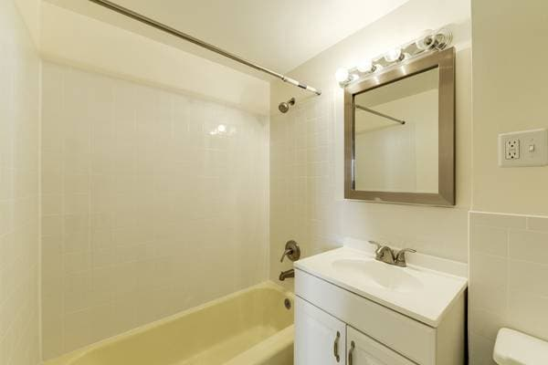 Quaint & clean 2bd/2bth condo2share
