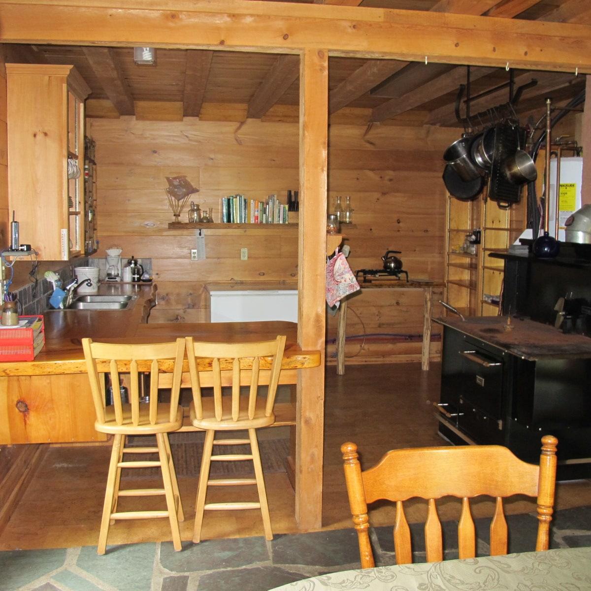 Pioneer Eco-Cabin Retreat in Maine