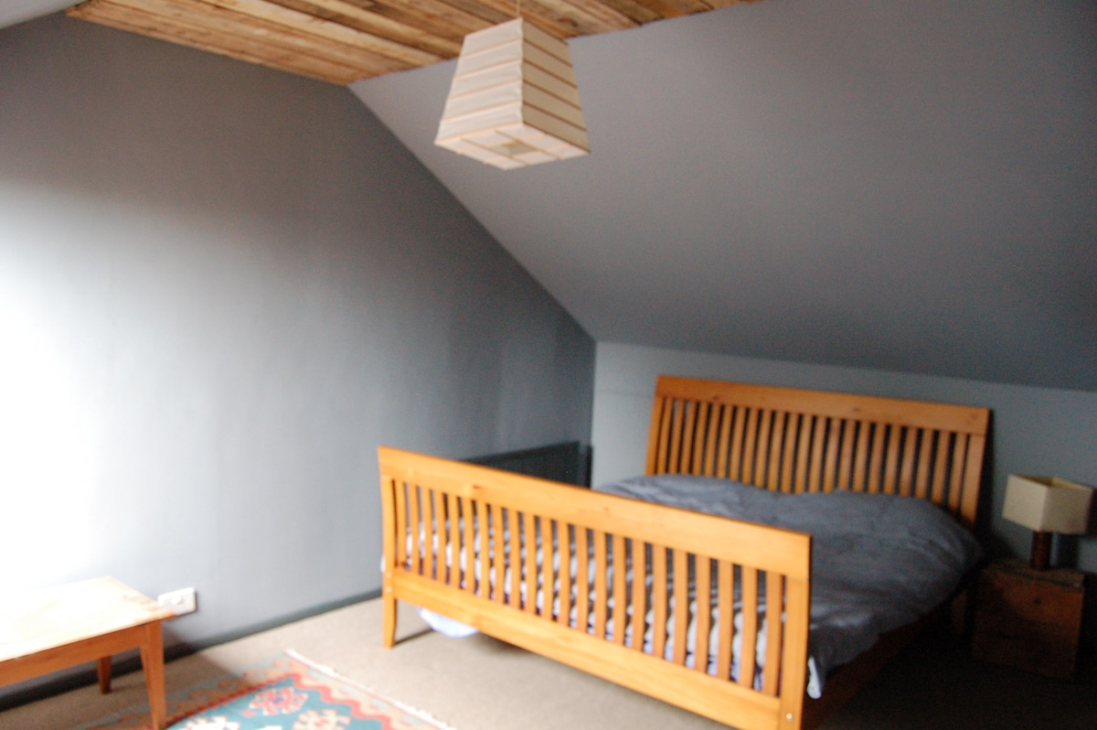 Attic Room with bed & sofa bed