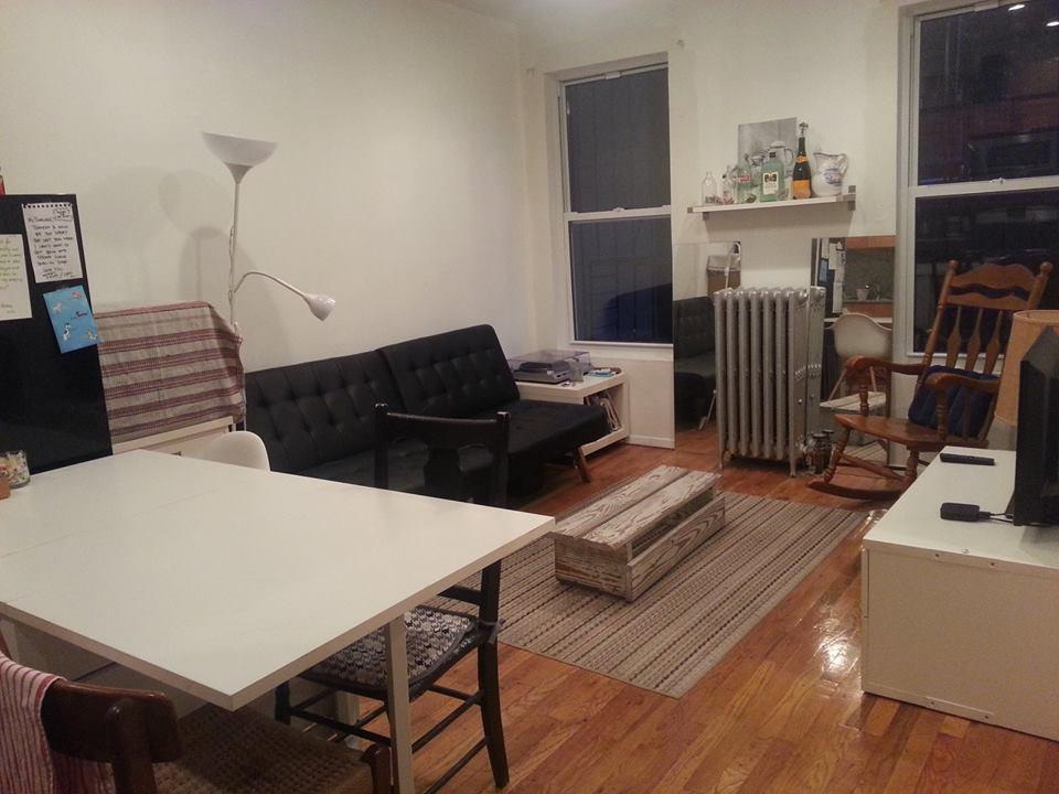 Small Cozy Private Room in Brooklyn