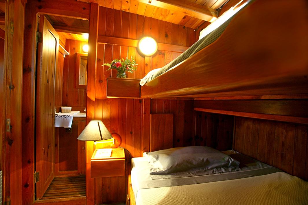 Triple cabin in eco schooner