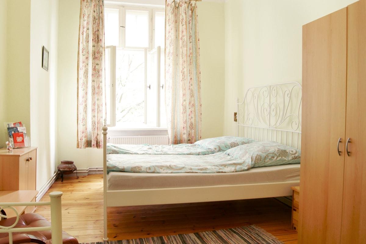 central room in berlin mittewedding