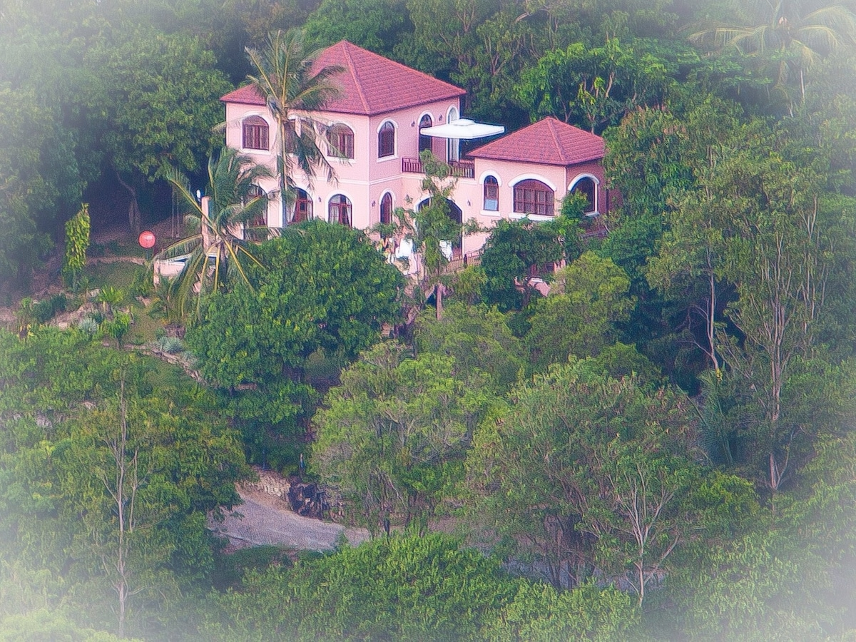 Enchanted Hills Villa surrounded by pristine lush hills, away from it all yet only 5 min to a nice beach
