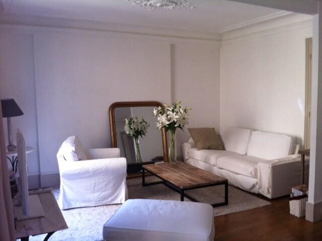 Charming Apartment- Heart of Marais