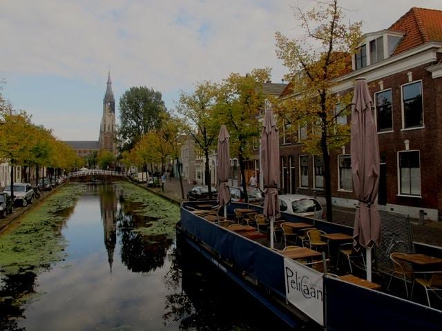 Room in Delft's historic centre