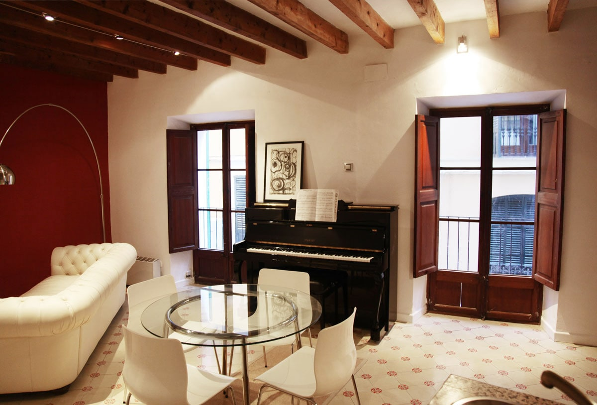 Private apartment in historic center