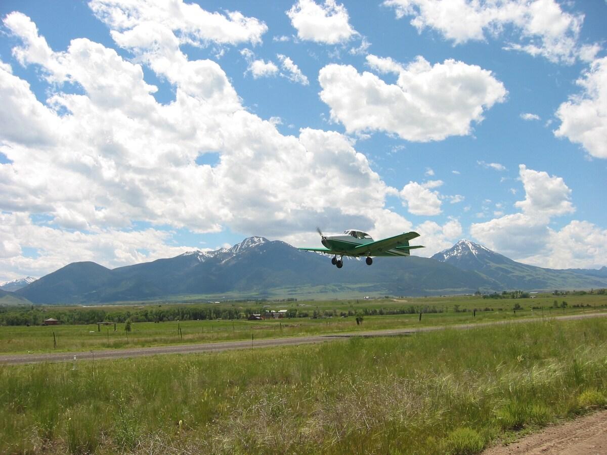 Airplane Hangar Loft Escape