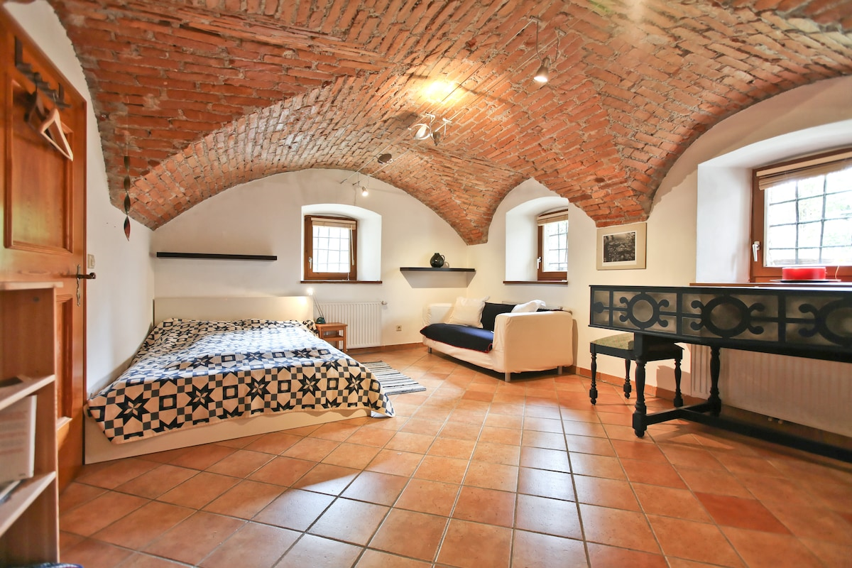 2 Lovely rooms in Salzburg centre!