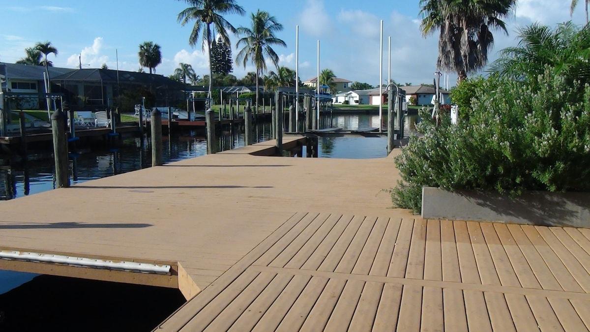 Gulf Access. Private Pool. Villa