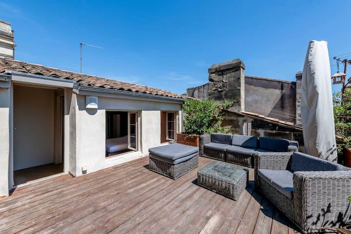 Magnifique terrasse sur les toits de Bordeaux sans vis-à-vis