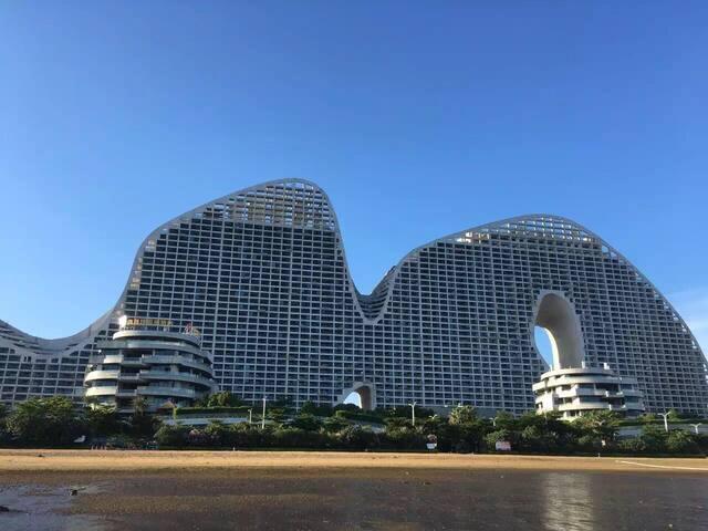 北部湾一号 31楼180度海景带厨房阳台浴缸公寓 2分钟到海边 - Beihai - Departamento