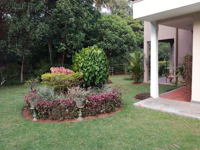 Sri Lanka, Kandy, Echo Friendly Villa - Digana