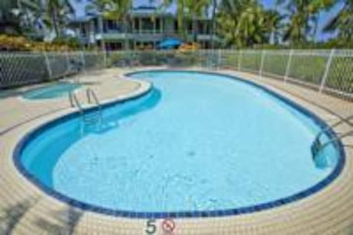 Keauhou 1BR Ocean Resort with pool, tenni & BBQ