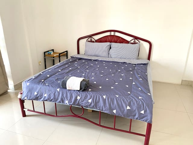 King Bed Size Comfortable