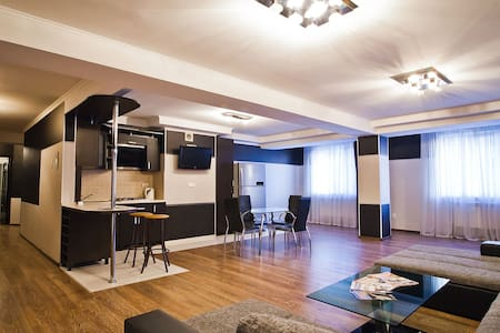 Apartament in the centre for 4 persons. - 基希讷乌(Chișinău) - 公寓