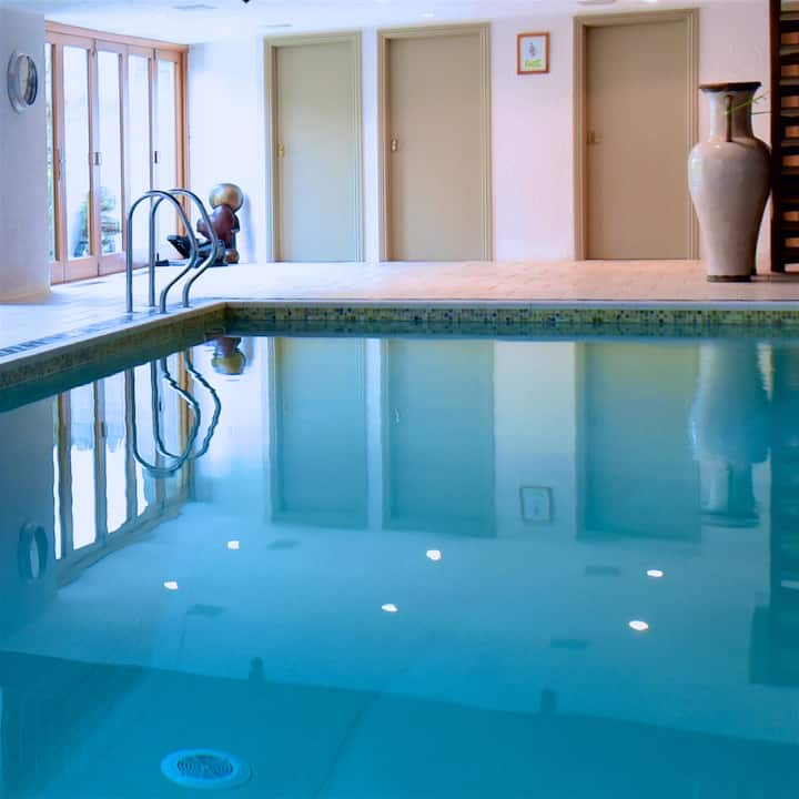 2 Bedroomed Countryside Cottage & Indoor Pool