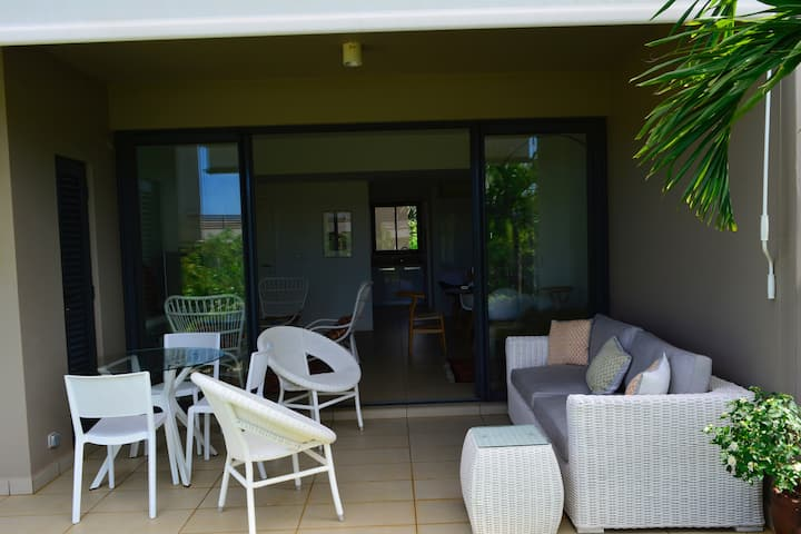Azuri Serviced Garden Apartment