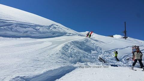 Le Skisun | T3 Pied des Pistes  | Piscine & Sauna