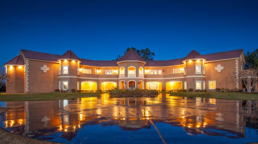 Wilson Creek Manor Wine Country Retreat Sleeps 24