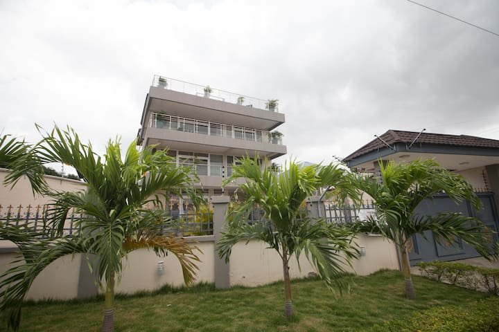Swiss Riviera S. 4-Bedroom apart. at East Legon
