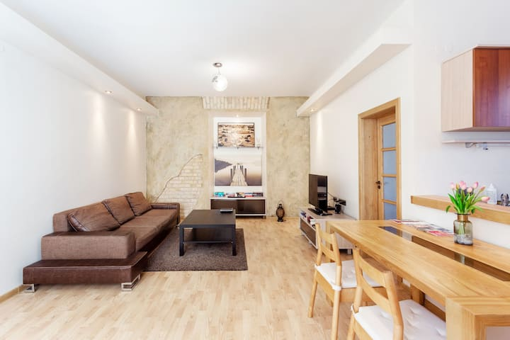 THE BEST LOCATION OLDTOWN APARTMENT