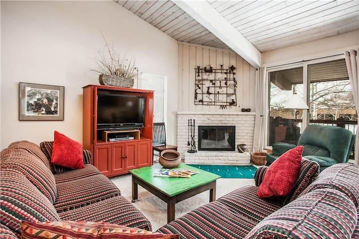 Woodbridge 16C  - Gorgeous 2 Bedroom Condo - Snowmass Village - Apartment