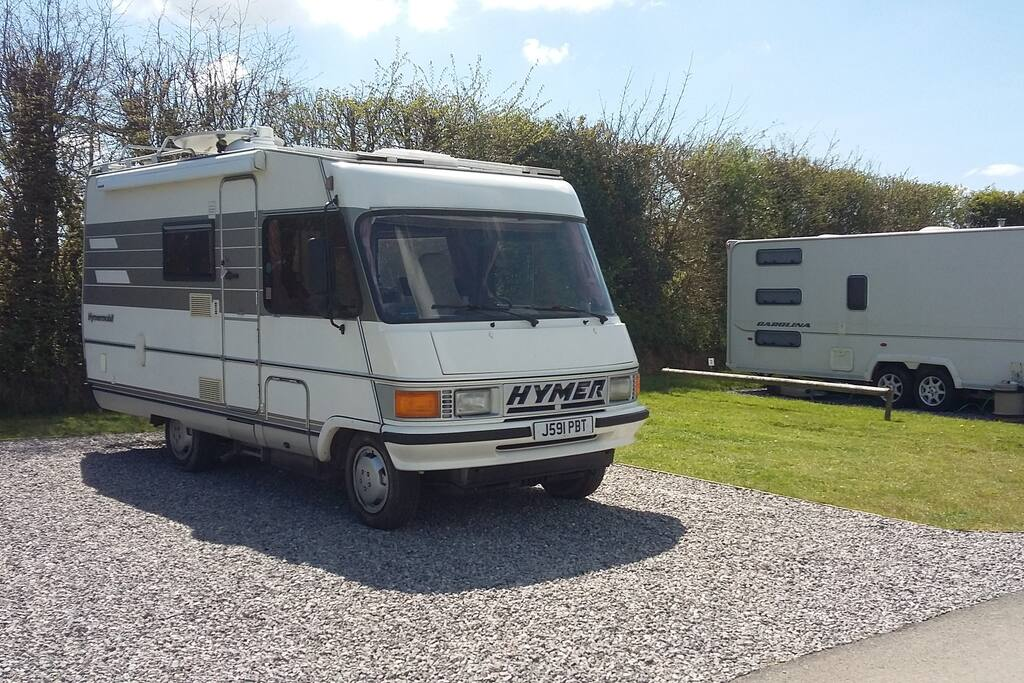 A static 4 berth 1992 classic hymer motor home campers for Classic house 1992