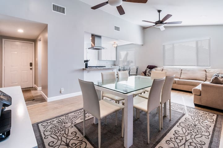 Newly Remodeled Home Less than a Mile From Beach