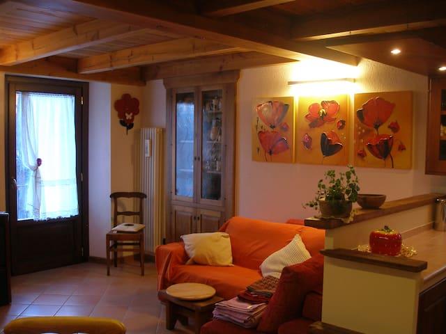 Casetta con giardino - Saint-Vincent - Hus