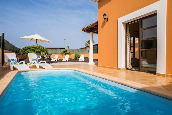 Corralejo Villa Joy- Piscina Privada, Vistas, Wifi