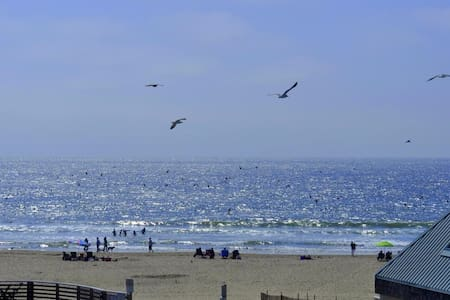 Steps from SAND -LUXURY Condo in Heart of PISMO! - 皮斯莫海灘(Pismo Beach) - 公寓