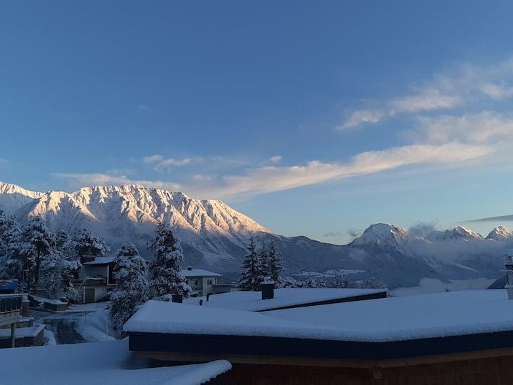 Tiroler Bergnestl - Traumausblick in Waldnähe
