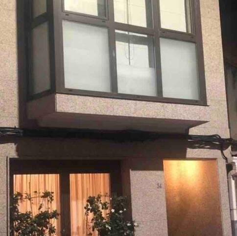 Casa centro O Grove con terraza y asador