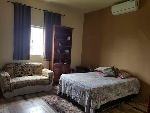 Conforto e seguranca numa casa completa!