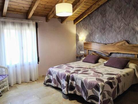 Casa rural Abascal, Palomica. Visita Teruel y Albarracín en familia