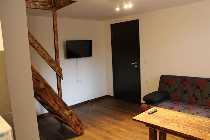 Renoviertes Zimmer , auch Monteure willkommen - Weener - Huis