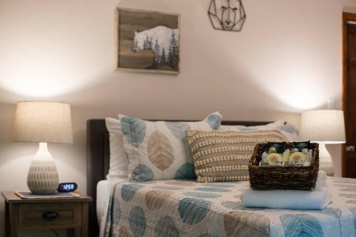 ⋗ Ski, Snowboard, Relax, Retreat ⋖ at Casper Cabin