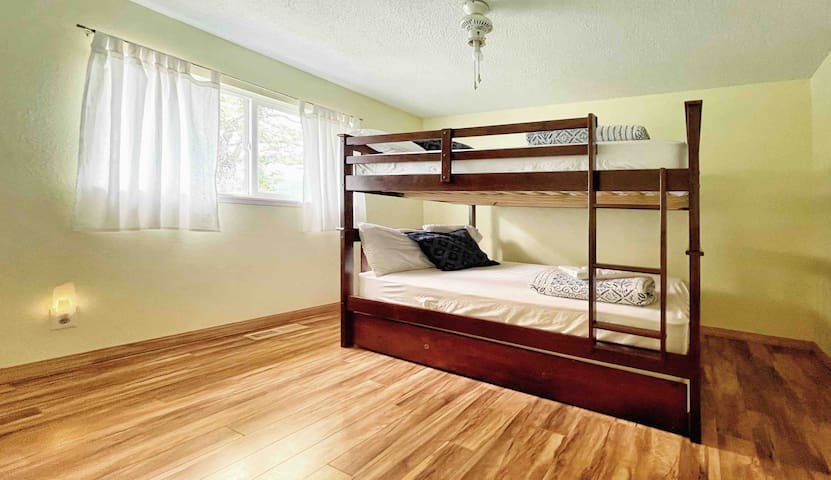 Bedroom 3 - bunk bed
