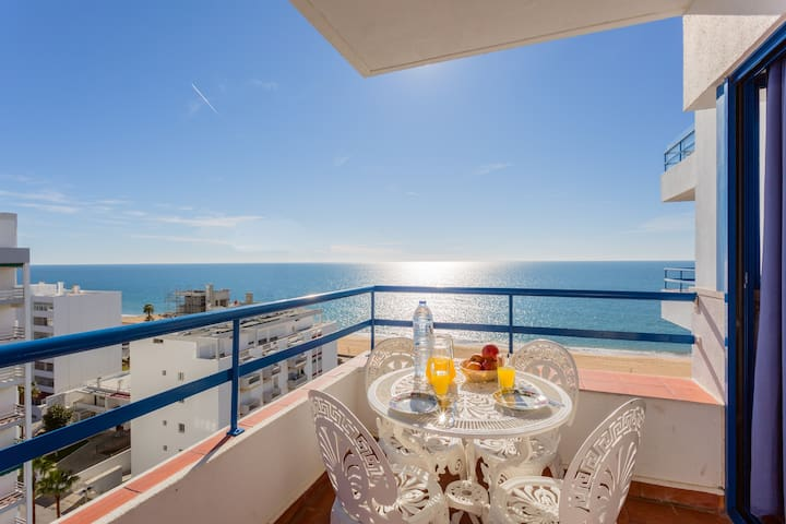 Quarteira Beach Apartment - Quarteira